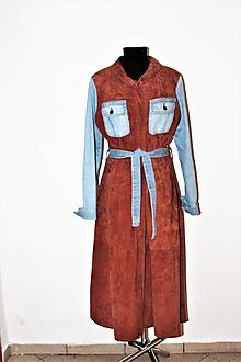 Kabáty - recy-kožo-rifľový plášť - 11597743_