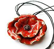 Náhrdelníky - Keramický šperk  - Divý mak - 11596489_