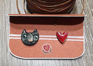 Odznaky/Brošne - Mačky v srdci - mini odznaky /mačka + srdce - 11597690_