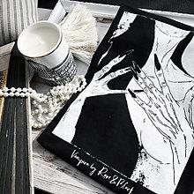"Tričká - Čierne dámske tričko ""Vampira"" - 11601887_"