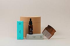 Drogéria - Darček pre pánov I: olej na bradu, dezodorant, hrebeň - 11598550_