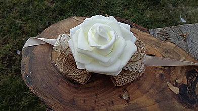 Náramky - Kvetinový náramok pre družičku - 11601102_
