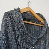 Dámsky šedý dizajnový sveter