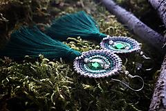 - Náušnice makramé - Vesna (bielo-sivo-zelené strapcové) - 11599855_