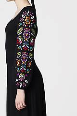 Šaty - Šaty dlhé Joy čierne s vyšívanými rukávmi - 11604420_