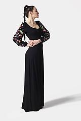 Šaty - Šaty dlhé Joy čierne s vyšívanými rukávmi - 11604448_
