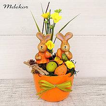 Dekorácie - Veľkonočná dekorácia veselí zajkovia - 11604359_