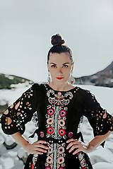 Šaty - Čierne vyšívané šaty Slovenské devy - 11604304_
