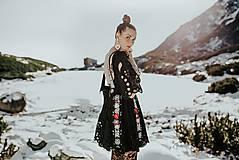 Šaty - Čierne vyšívané šaty Slovenské devy - 11604307_