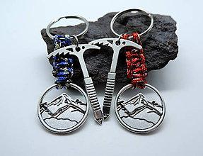 Kľúčenky - Cepín+karabínka+hory - kľúčenka - 11606408_