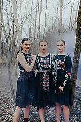 Šaty - čierne midi šaty Slovenské devy - 11609033_