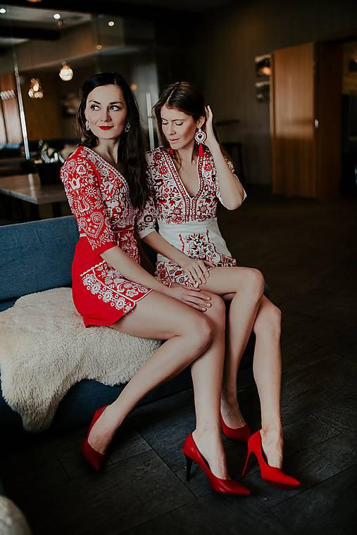 mini vyšívané šaty Slavianka (Červená)