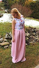 Šaty - Ručne vyšívané plesové šaty - 11606740_