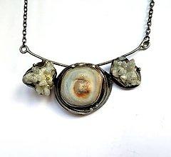 Náhrdelníky - Cínový šperk s minerálmi. - 11611096_
