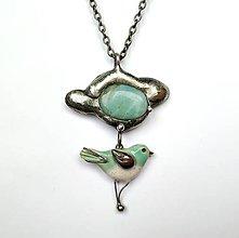 Náhrdelníky - Cínový šperk Vtáčik pod obláčkom - 11611237_