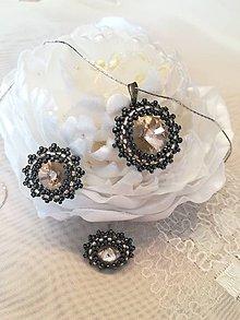 Sady šperkov - Prívesok a náušnice zo Swarovského kameňom  (Hnedá) - 11610000_