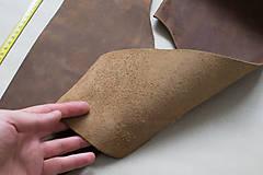 Zbytková koža hnedá melírovaná matná