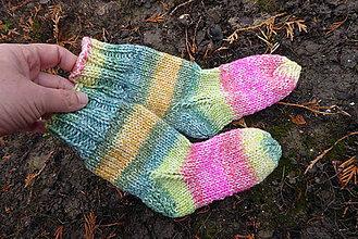 Detské doplnky - detské farebné ponožky č.24-26 - 11610409_