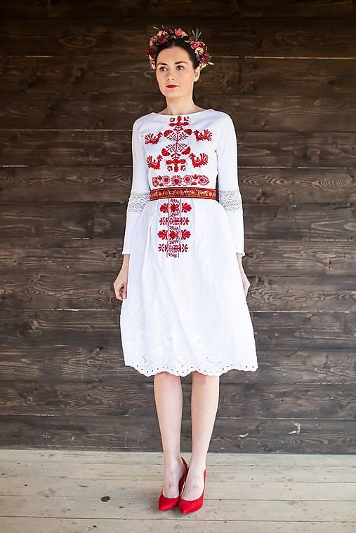 biele bavlnené šaty Slovenské devy
