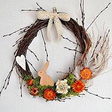 Dekorácie - Veľkonočný venček s malým zajačikom - 11612993_