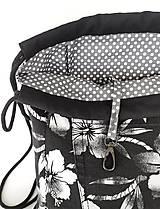 Batohy - Kvetovaná sada denim batoh + puzdro + darček - 11615795_