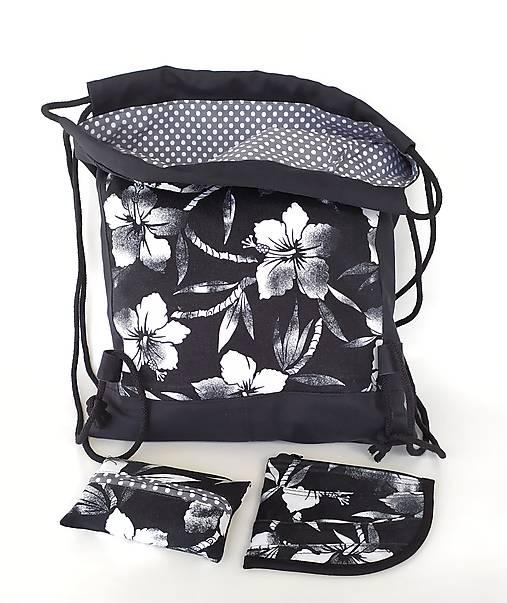 Kvetovaná sada denim batoh + puzdro + darček