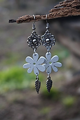 Náušnice - Biely kvet - 11617543_