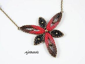 Náhrdelníky - Hviezdica - náhrdelník - červená - 11615766_