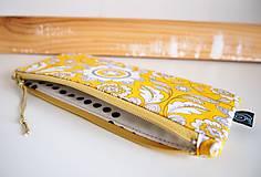 Taštičky - Peračník/penál - ornamenty v žltej - 11622057_