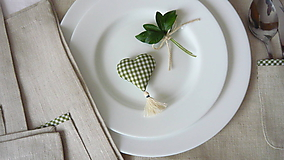 Dekorácie - Srdiečko zelené : pásik a kocka - 11624695_