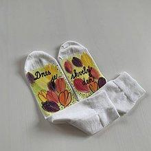 """Obuv - Maľované kvetinkové ponožky (s nápisom """"Dnes je skvelý deň"""") - 11622499_"""