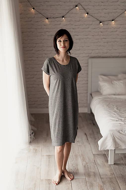 Šaty - Voľné šaty krátky rukáv bambusové tmavo-šedý melír - 11623389_