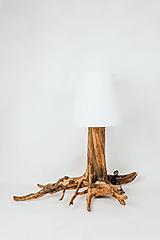 Svietidlá a sviečky - Drevená lampa Roots - 11624876_