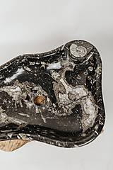 Nábytok - Umývadlo zo skamenelín - 11624972_