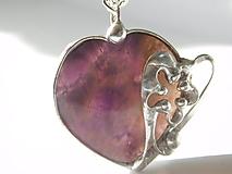 Náhrdelníky - Srdce s kvietkom - ametyst, tiffany - 11627838_