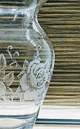 Dekorácie - Gravírovaná váza, ruže - 11628957_