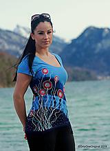 Tričká - Dámske tričko batikované, maľované JAZERNÍČKY - 11626008_