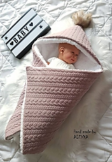 Textil - Zateplená deka so strieškou v staroružovej farbe - 11628494_