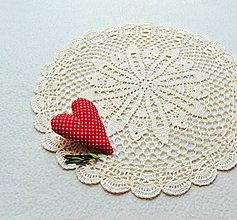 Úžitkový textil - Háčkovaná dečka Krémová - 11626387_
