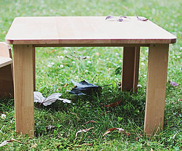 Nábytok - Detský stolík pre začínajúcich sediacich a stolujúcich - 11625507_