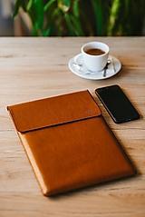 Kožené puzdro na tablet / notebook Clear horčicové
