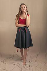 Sukne - Čierna sukňa ruffle - 11625925_