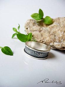 Prstene - Strieborná obrúčka Ag925 s ornamentom VI. - 11628960_