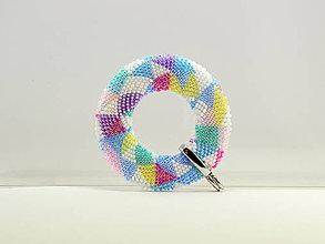 Náhrdelníky - Háčkovaný prívesok Donut Pastel II - 11631735_