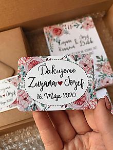 Darčeky pre svadobčanov - Magnetky pre svadobčanov ružičky obdĺžnik - 11634162_