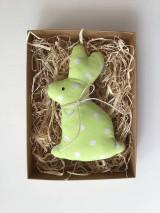 Dekorácie - Veľkonočný zajačik bodkovaný  - zelený - 11634074_