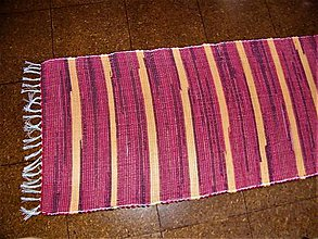 Úžitkový textil - Tkaný koberec bordovo-červeno-žltý - 11634719_