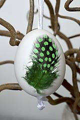 Dekorácie - Kraslica Veselá perlička (Zelená) - 11636603_