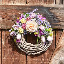 Dekorácie - Venček na dvere s ružou - 11639511_