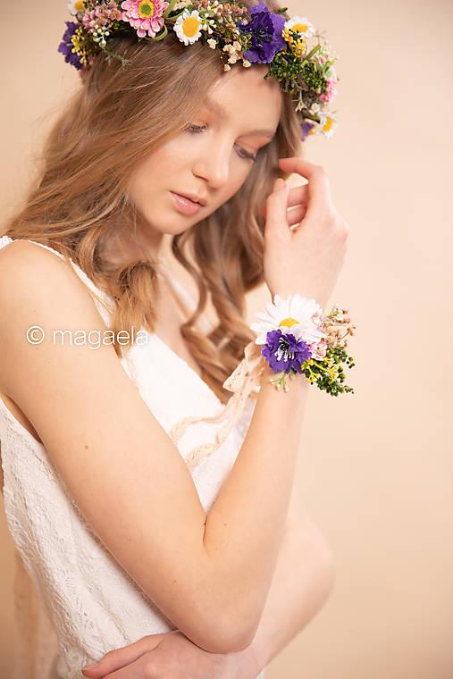 """Kvetinový náramok """"lúčne bozky"""""""